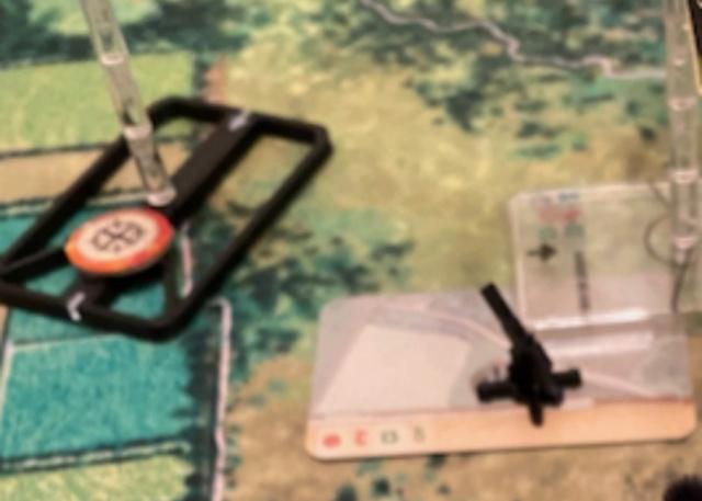 Tanks en mouvement sur les tapis de jeu WOG avec les Avions  20210825