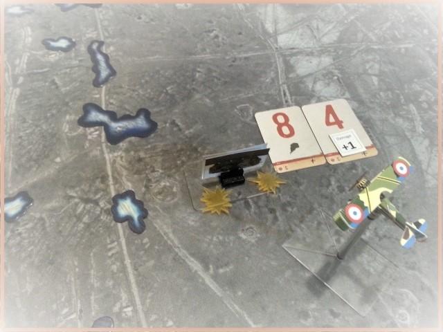 Tanks en mouvement sur les tapis de jeu WOG avec les Avions  C10