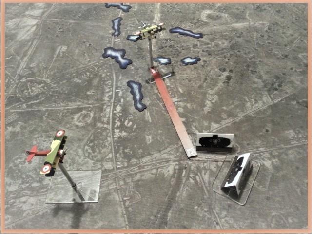 Tanks en mouvement sur les tapis de jeu WOG avec les Avions  E10