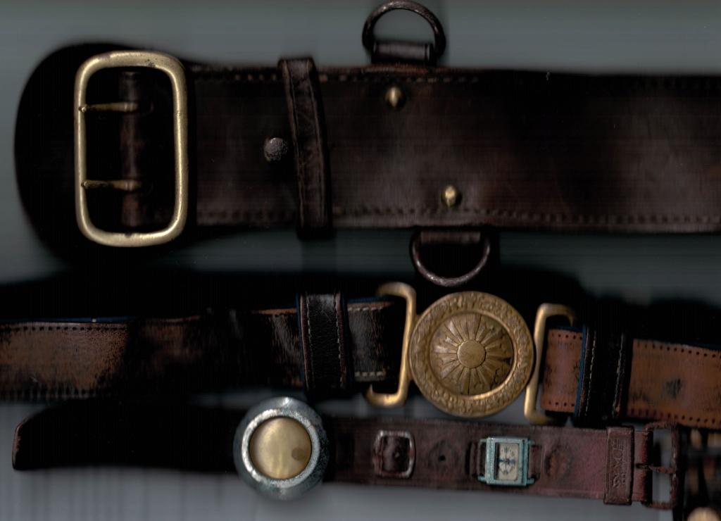 Ma collection de bracelets de montres japonais de la seconde guerre mondiale. Cuir_311