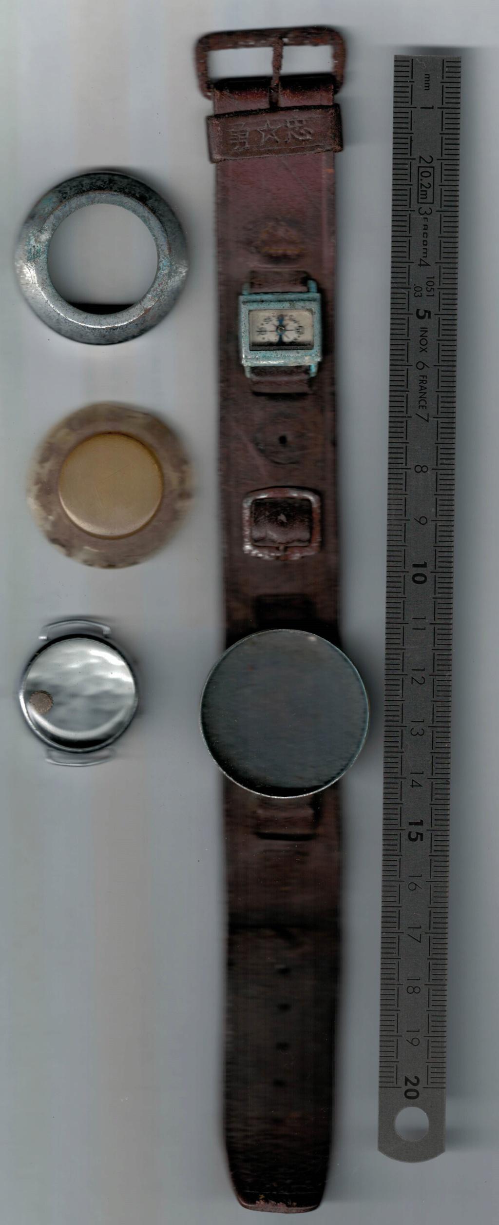 Bracelet cuir avec porte montre avec petite boussole. Montre12