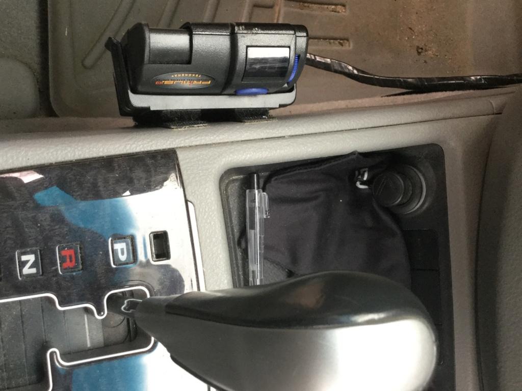 Emplacement du contrôleur de freins Img_0420