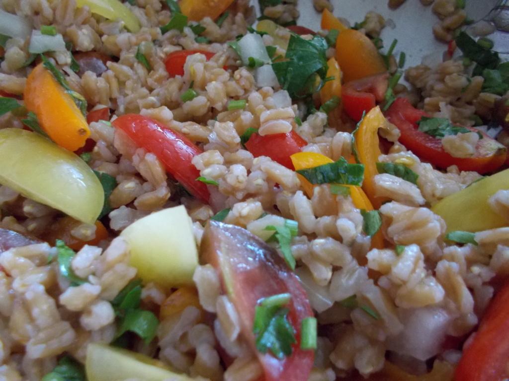 Farro salad with heirloom tomatoes Dscn0911