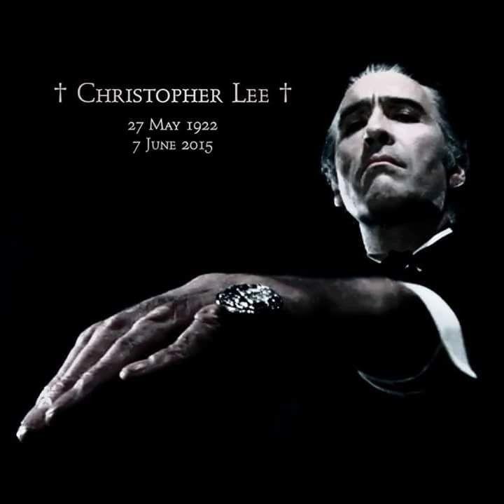 Christopher Lee - Gentleman des Grauens 97e0f010