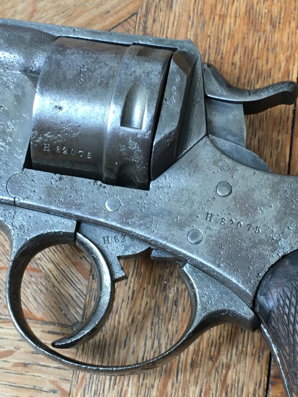 revolver 1873 avec étui  Img_2910