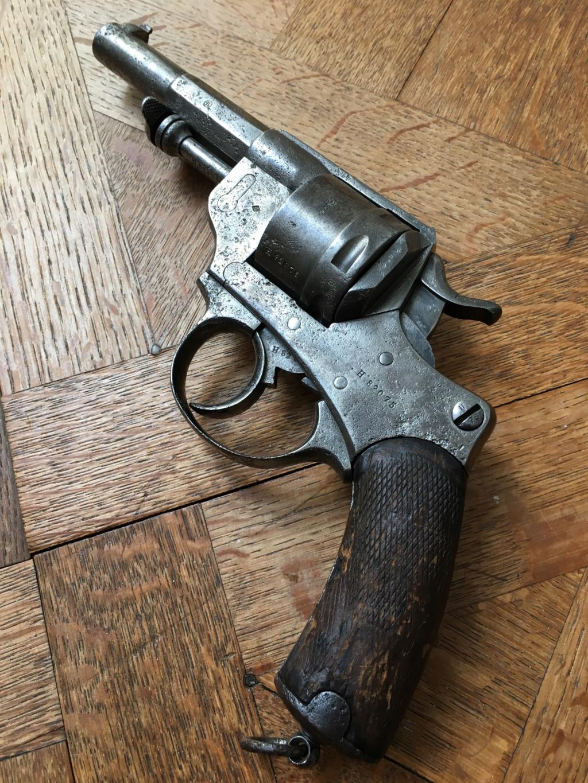revolver 1873 avec étui  Img_2912