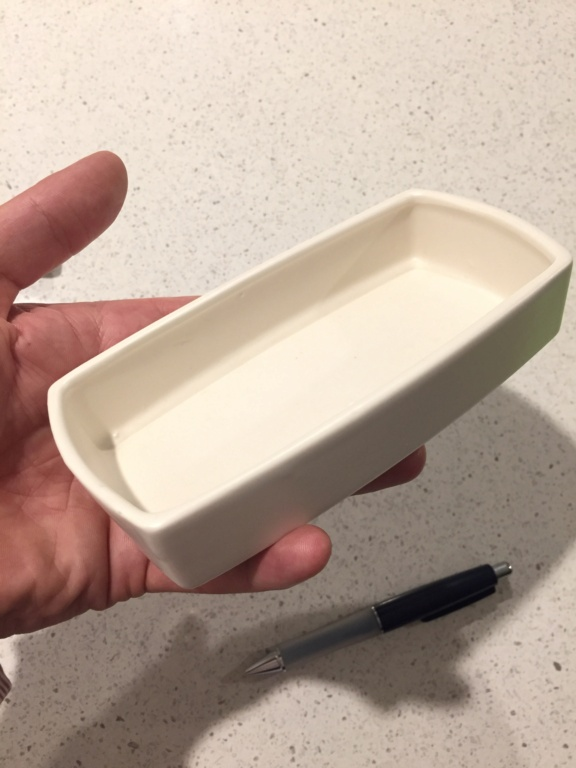 Small, rounded-corner rectangle dish Img_0614