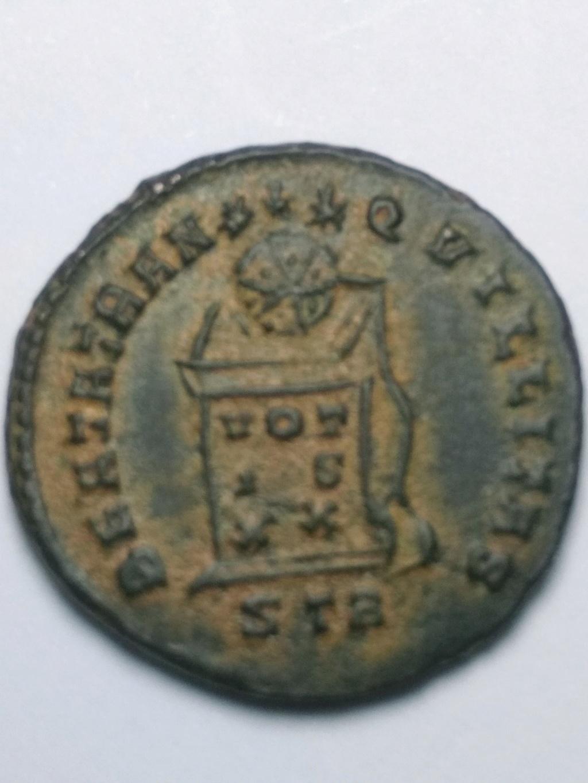 AE3 de Constantino II. BEATA TRAN-QVILLITAS. Globo sobre altar. Trier. Img_2025