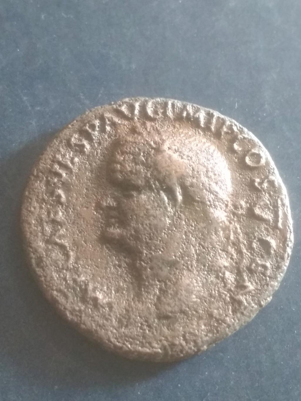 As de Vespasiano. S C. Spes avanzando a izq. Roma. Img_2046