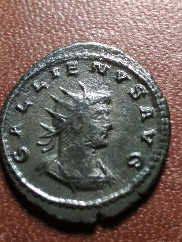 Antoniniano de Galieno. VENERI VICTRICI. Venus a izq. Antioquía Img_2088