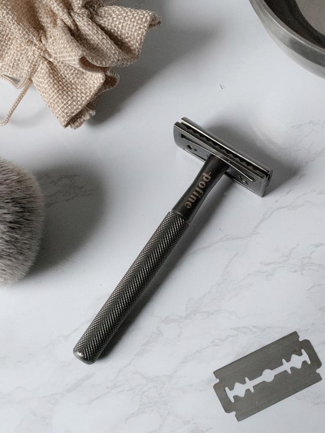 Pofine, une nouvelle marque de rasoir traditionnel Rasoir11