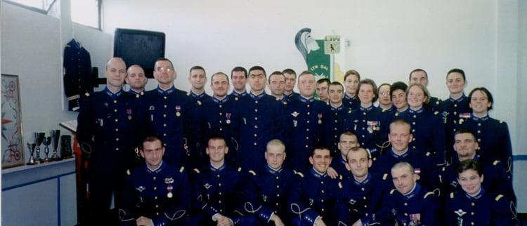 Une photo d'un militaire  avec de curieux galons , pompier? 13333510