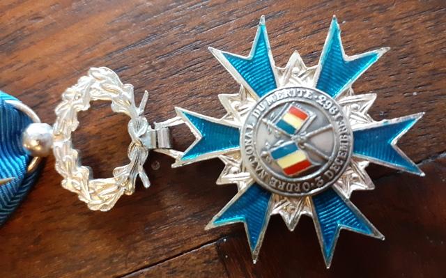 Médailles de chevalier de l'ONM 20210815