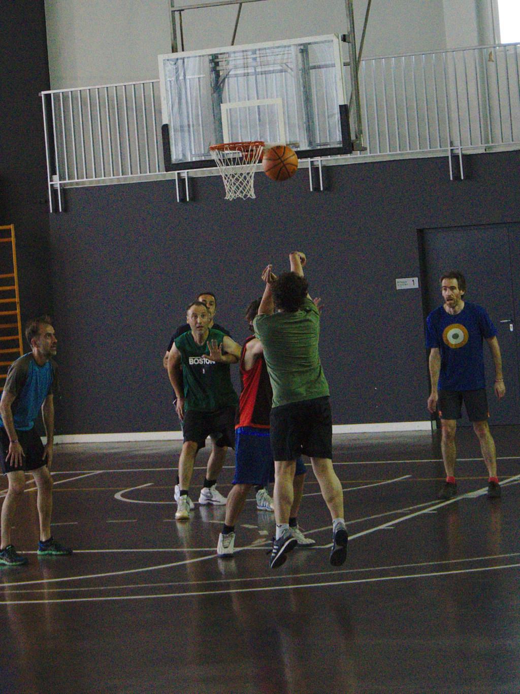 Pachanga De Basket ARF ¡ OTRO AÑO MAS ROCKET CAMPEÓN! - Página 11 Dsc02010