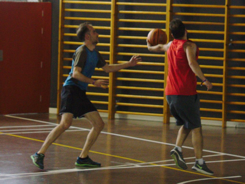 Pachanga De Basket ARF ¡ OTRO AÑO MAS ROCKET CAMPEÓN! - Página 12 Dsc02416