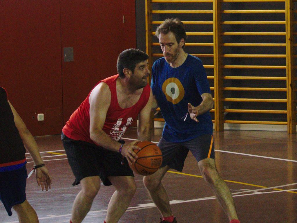 Pachanga De Basket ARF ¡ OTRO AÑO MAS ROCKET CAMPEÓN! - Página 12 Dsc02418