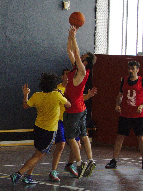 Pachanga De Basket ARF ¡ OTRO AÑO MAS ROCKET CAMPEÓN! - Página 12 Dsc02616