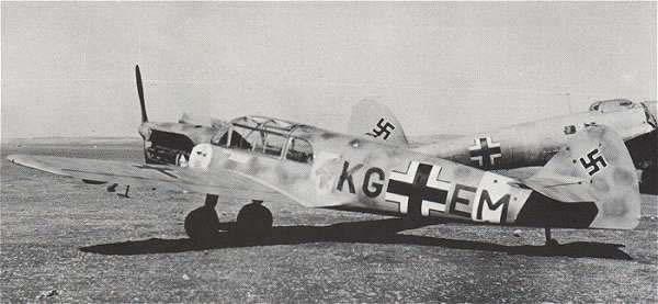Messerschmitt   Bf 108 Taifun 1/32 - Page 4 10810