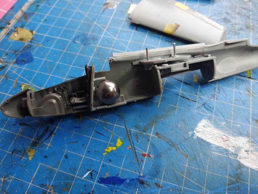 "He162 A-2  Salamander   Tamiya 1/48  -  ""montage  usine  avant peinture""   - Page 2 Image178"