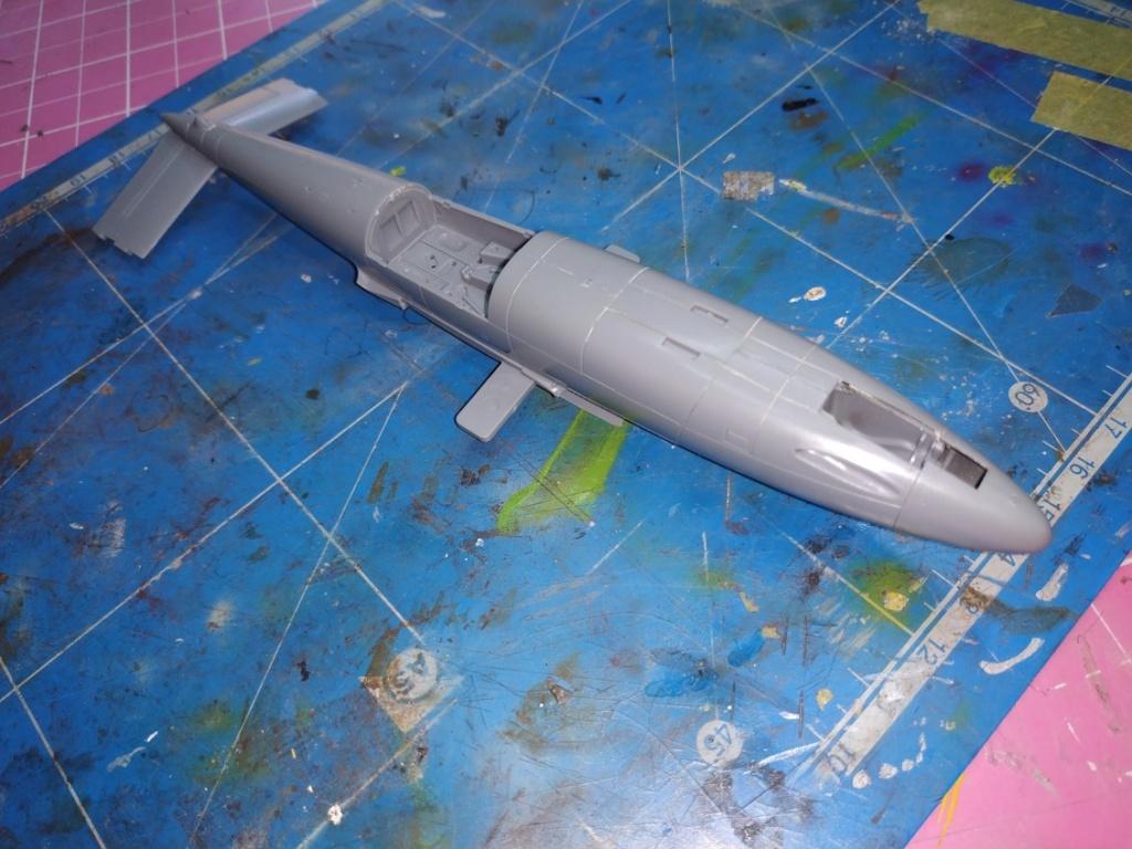 "He162 A-2  Salamander   Tamiya 1/48  -  ""montage  usine  avant peinture""   - Page 2 Image180"