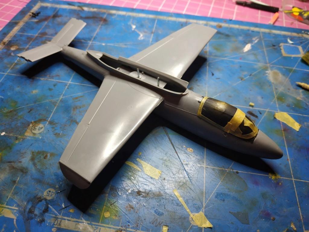 "He162 A-2  Salamander   Tamiya 1/48  -  ""montage  usine  avant peinture""   - Page 2 Image269"