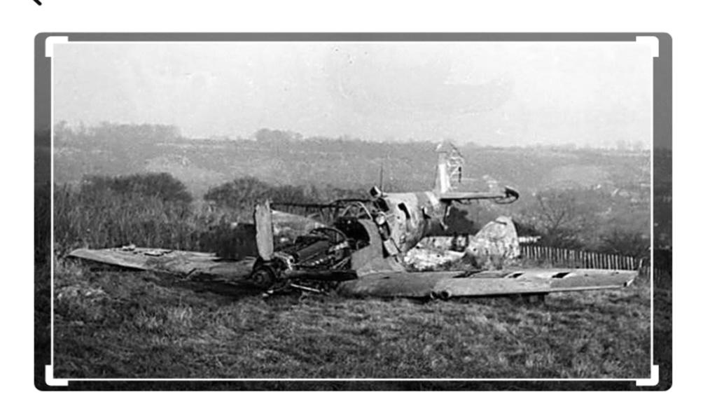spitfire IXe Armée de l'air -   indochine  vautré    - 1/48 eduard +  plein de résine  Image472