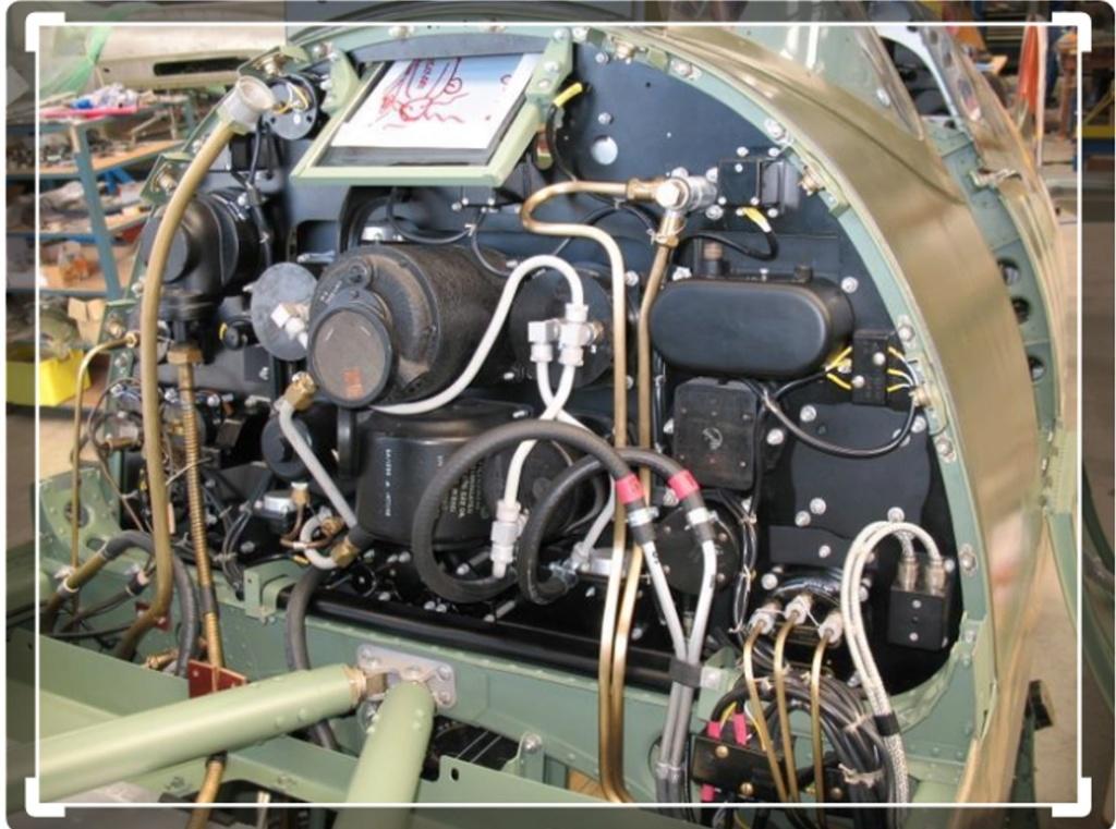 spitfire IXe Armée de l'air -   indochine  vautré    - 1/48 eduard +  plein de résine  Image494