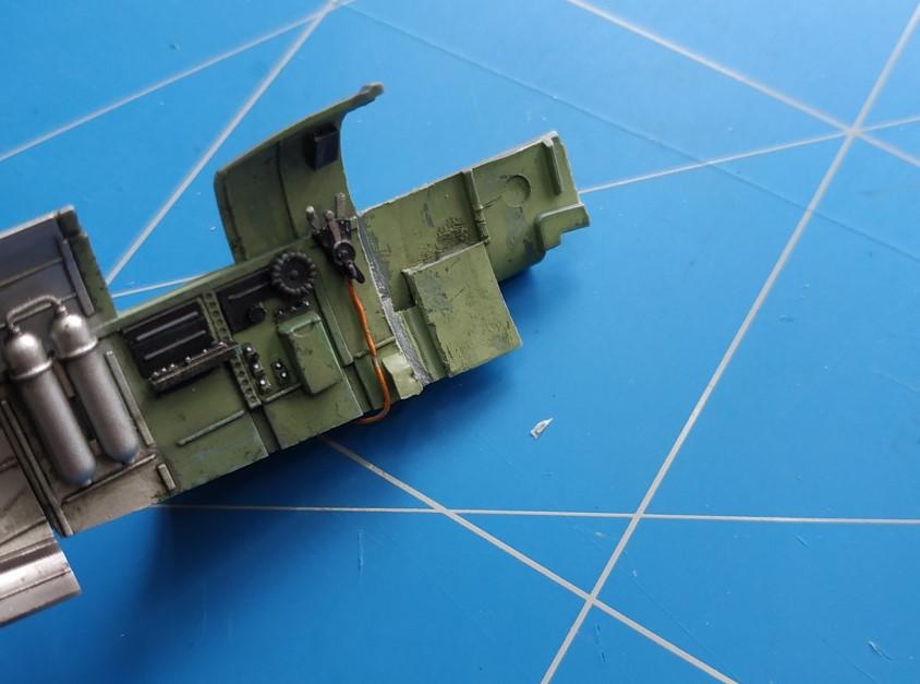 spitfire IXe Armée de l'air -   indochine  vautré    - 1/48 eduard +  plein de résine  - Page 2 Image577