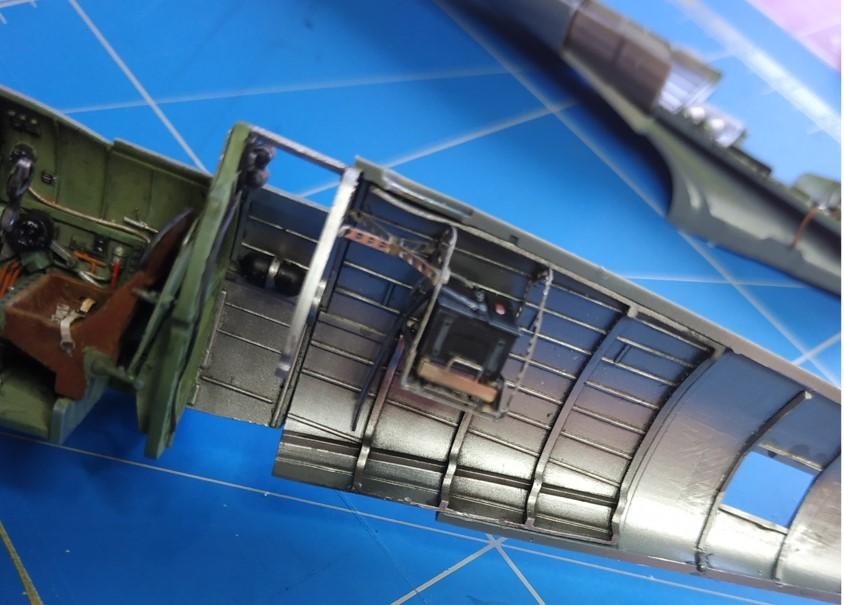 spitfire IXe Armée de l'air -   indochine  vautré    - 1/48 eduard +  plein de résine  - Page 2 Image579