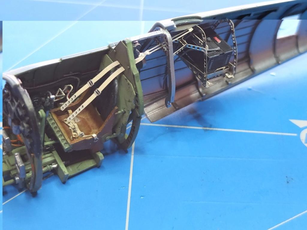 spitfire IXe Armée de l'air -   indochine  vautré    - 1/48 eduard +  plein de résine  - Page 2 Image584