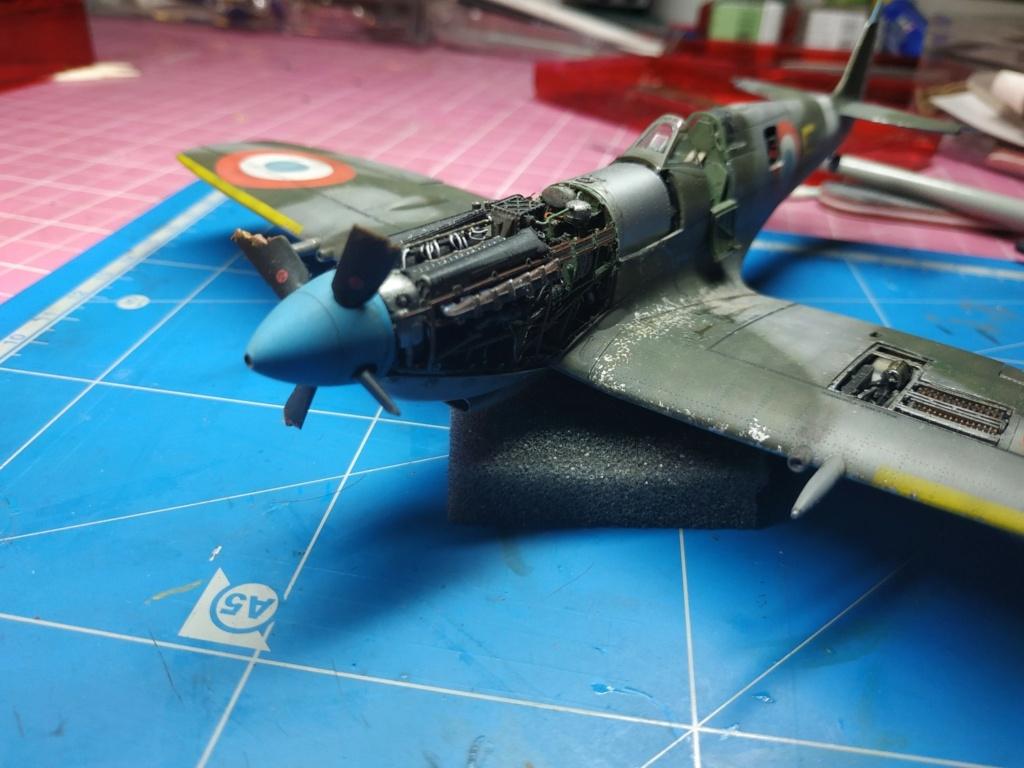 spitfire IXe Armée de l'air -   indochine  vautré    - 1/48 eduard +  plein de résine  - Page 6 Image806