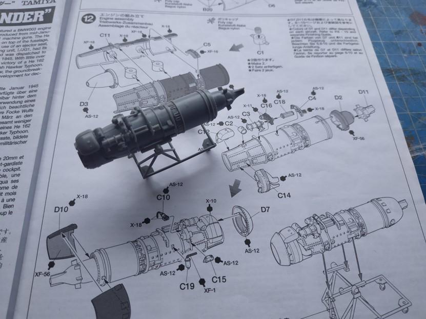 "He162 A-2  Salamander   Tamiya 1/48  -  ""montage  usine  avant peinture""   Image815"