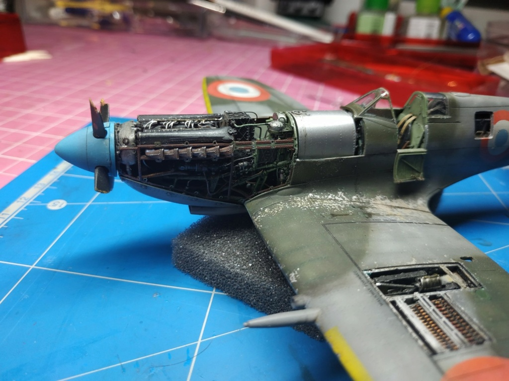 spitfire IXe Armée de l'air -   indochine  vautré    - 1/48 eduard +  plein de résine  - Page 6 Image854