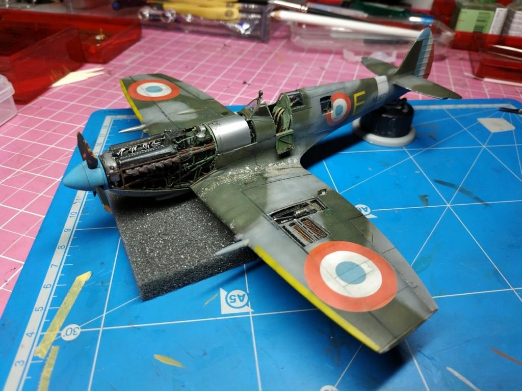 spitfire IXe Armée de l'air -   indochine  vautré    - 1/48 eduard +  plein de résine  - Page 6 Image855