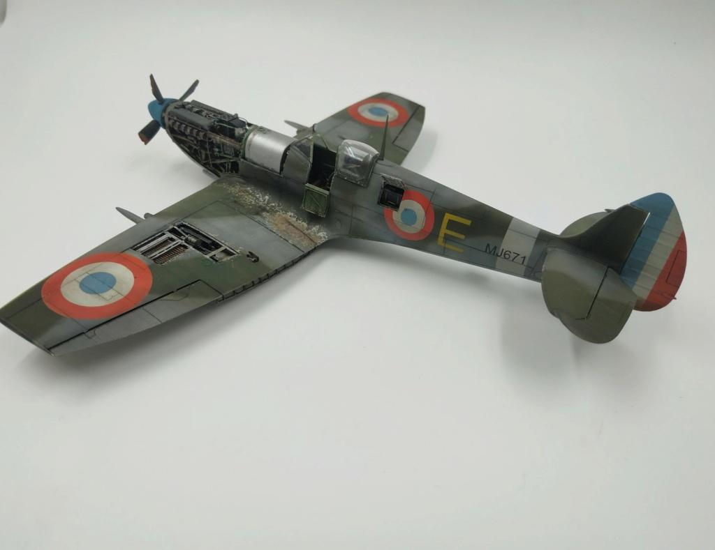 spitfire IXe Armée de l'air -   indochine  vautré    - 1/48 eduard +  plein de résine  - Page 6 Image864