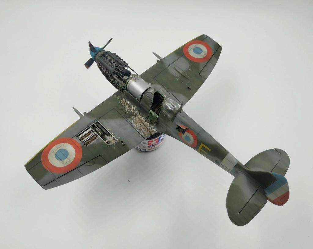 spitfire IXe Armée de l'air -   indochine  vautré    - 1/48 eduard +  plein de résine  - Page 6 Image866