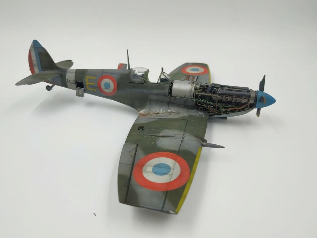 spitfire IXe Armée de l'air -   indochine  vautré    - 1/48 eduard +  plein de résine  - Page 6 Image867
