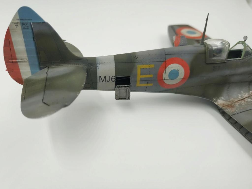 spitfire IXe Armée de l'air -   indochine  vautré    - 1/48 eduard +  plein de résine  - Page 6 Image868