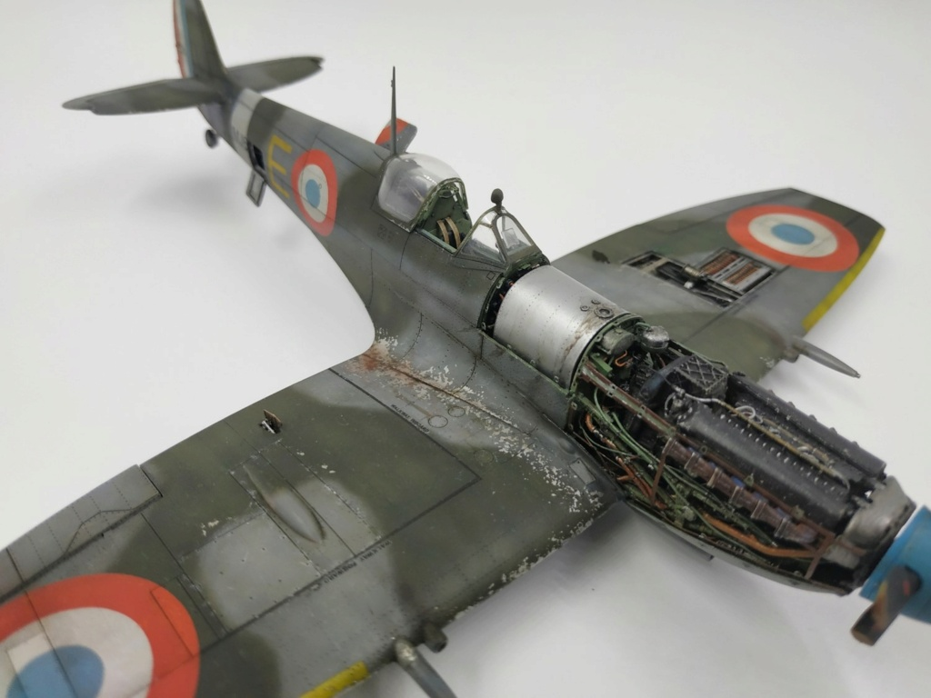 spitfire IXe Armée de l'air -   indochine  vautré    - 1/48 eduard +  plein de résine  - Page 6 Image869