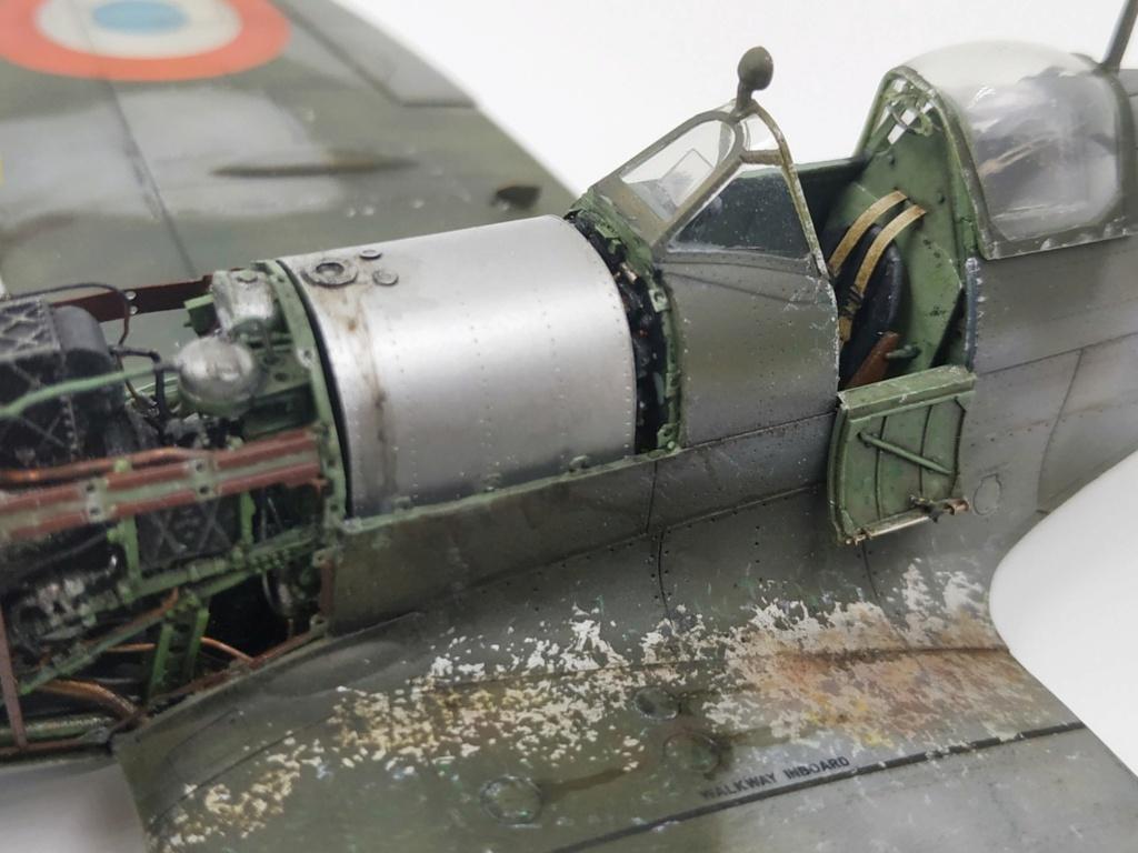 spitfire IXe Armée de l'air -   indochine  vautré    - 1/48 eduard +  plein de résine  - Page 6 Image875