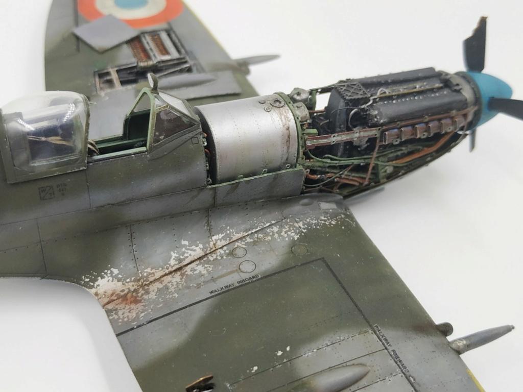 spitfire IXe Armée de l'air -   indochine  vautré    - 1/48 eduard +  plein de résine  - Page 6 Image877