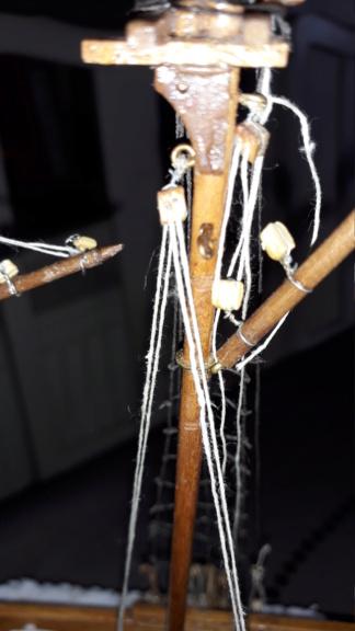 couture, collage ou anneaux pour voile sur mâture déjà en place 510