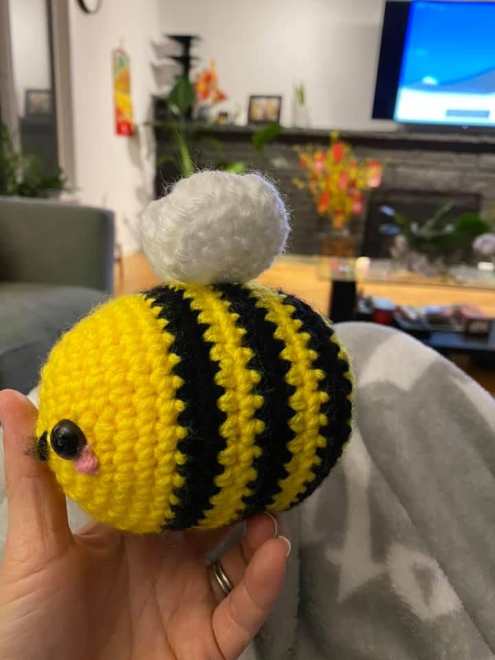 khoe những tác phẩm mình crochets nha Bee10