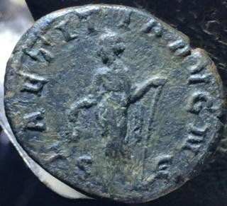 As de Gordiano III Pío. LAETITIA AVG S C. Laetitia estante a izq. Roma. Vb10