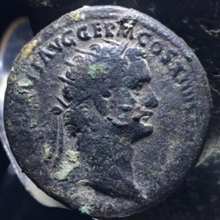 Dupondio de Domiciano. FORTVNAE AVGVSTI - S C. Fortuna estante a izq. Roma. Vbn10