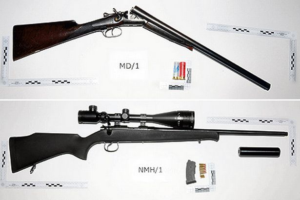 Photo's of mass murderer's weapons - Page 4 The-sh10