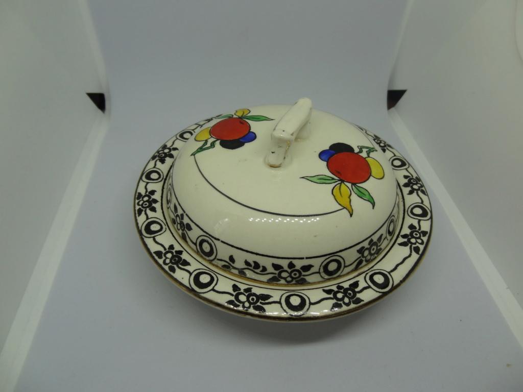 white creamware dish? Dsc03314