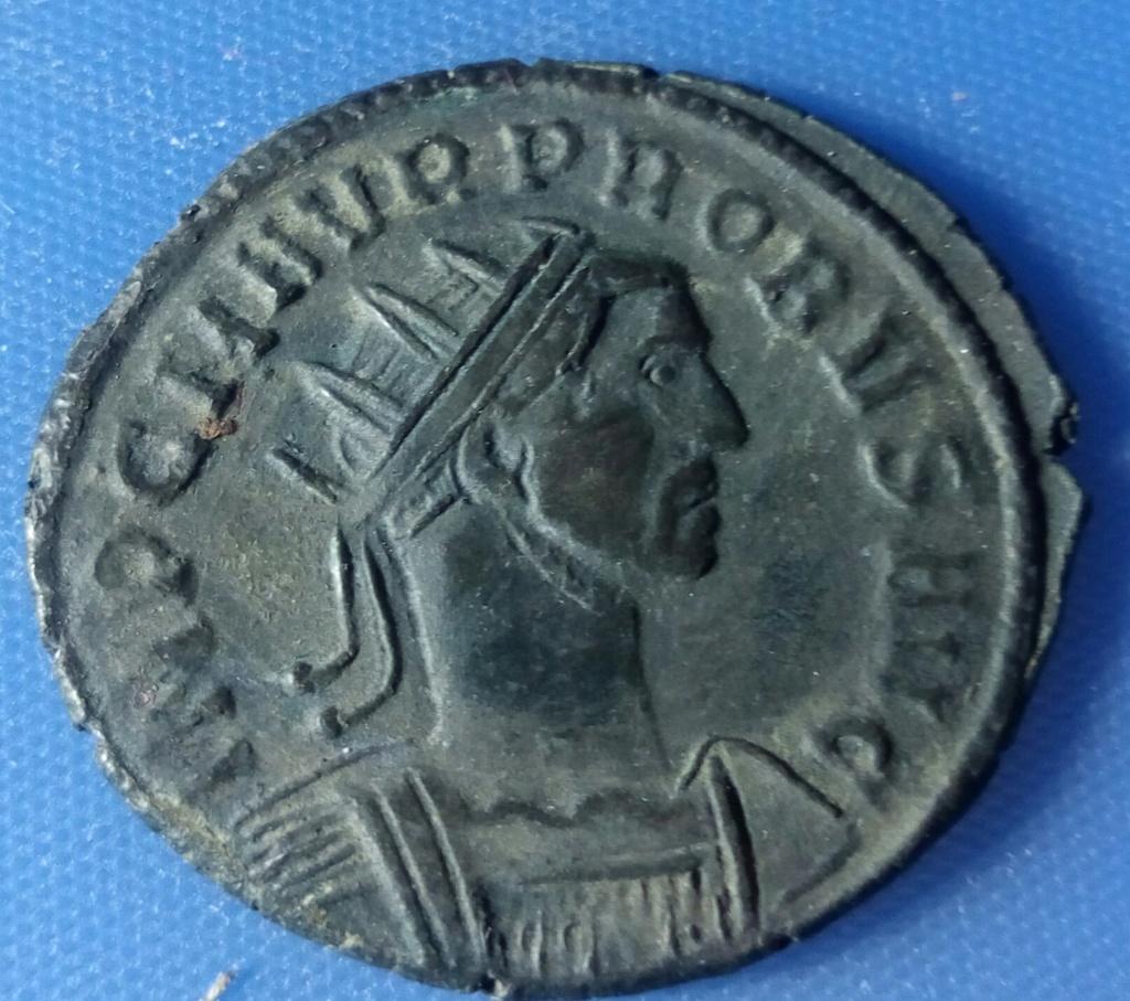 Aureliano híbrido de Probo. IOVI CONSERVAT AVGG. Júpiter a izq. Roma Img_2010