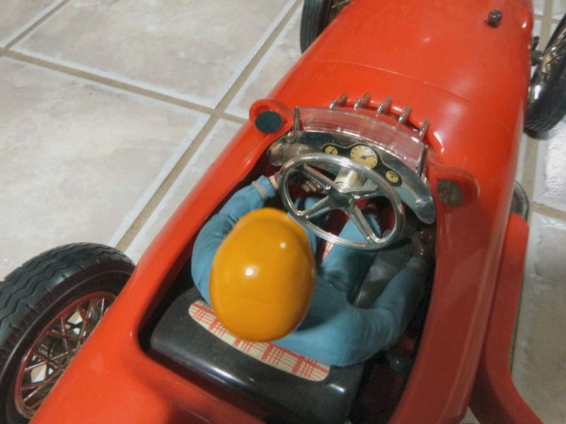 1961 cox mercedes benz racer - Page 2 P1020211