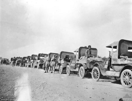Deux FORD T de l' ANZAC en Egypte 1917 8962310